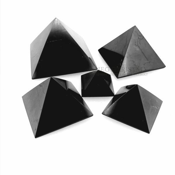 Shungit piramis